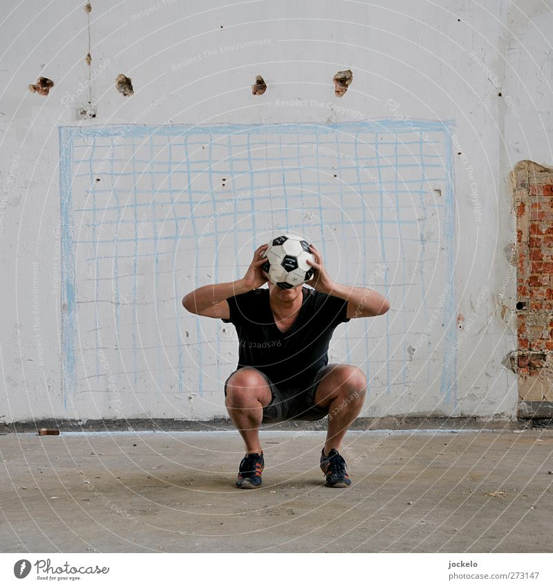 mishap Sports Sportsperson Goalkeeper Success Soccer Sporting Complex Football pitch Masculine Man Adults 1 Human being Catch Colour photo Interior shot Day