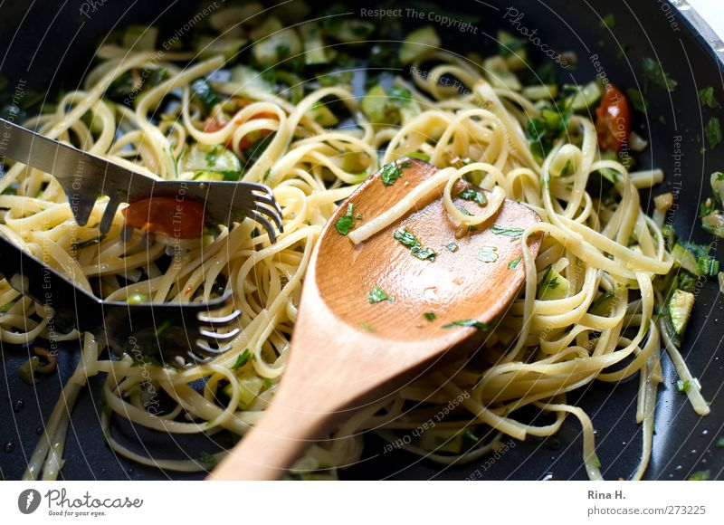 Nutrition Food Healthy Authentic Cooking & Baking To enjoy Delicious Noodles Baked goods Dough Spaghetti Vegetarian diet Pan Paste Wooden spoon Italian Food