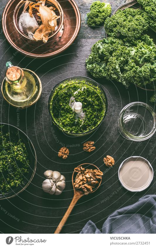 Green Kale Pesto Ingredients in Mixer Food Vegetable Nutrition Organic produce Vegetarian diet Diet Crockery Design Healthy Eating Italien pesto Cooking Gourmet