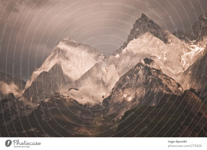 Svalbard Mountains Environment Nature Landscape Elements Clouds Storm clouds Peak Canyon China Yunnan tiger leaping gorge Asia Exceptional Threat Fantastic
