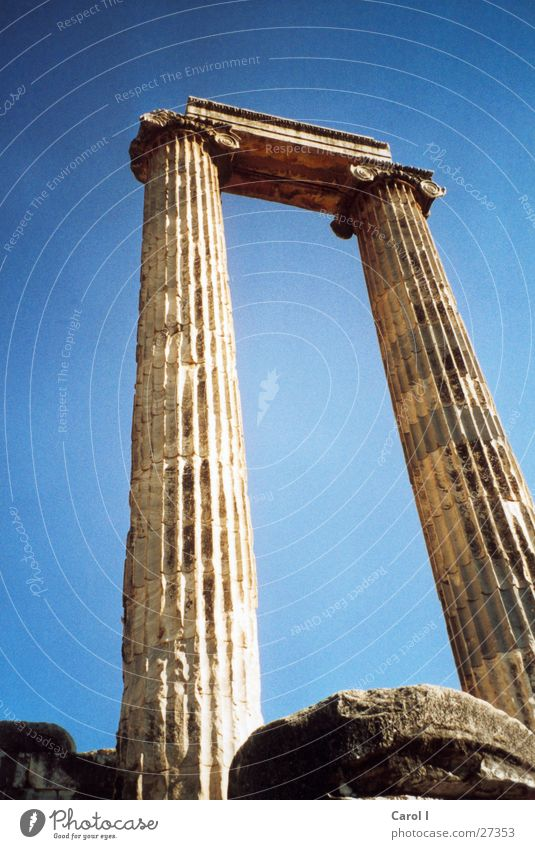 Sky Sun Vacation & Travel Above Stone Art Architecture Large Europe Monument Past Historic Ruin Column Blanket Landmark