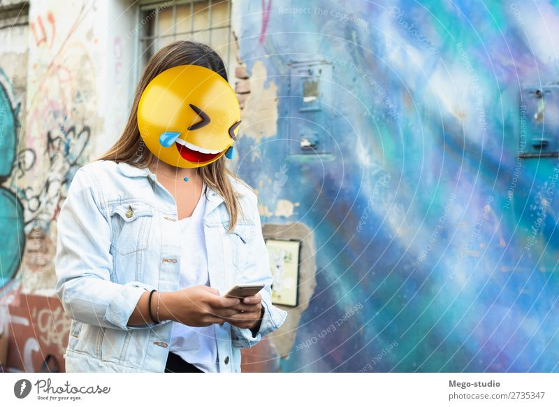 Emoji head woman Lifestyle Style Happy Business To talk Telephone PDA Technology Internet Human being Woman Adults Smiling Sit Stand To call someone (telephone)