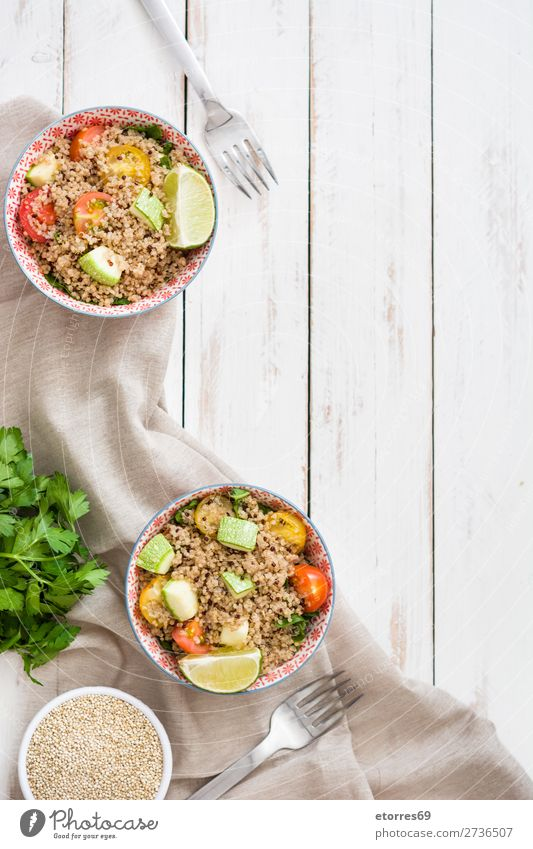 Quinoa with tomatoes, zucchini and lime quinoa Vegan diet Vegetable Tomato Spinach Bowl Healthy Healthy Eating Diet Heap Grain Agriculture Preparation Crunchy