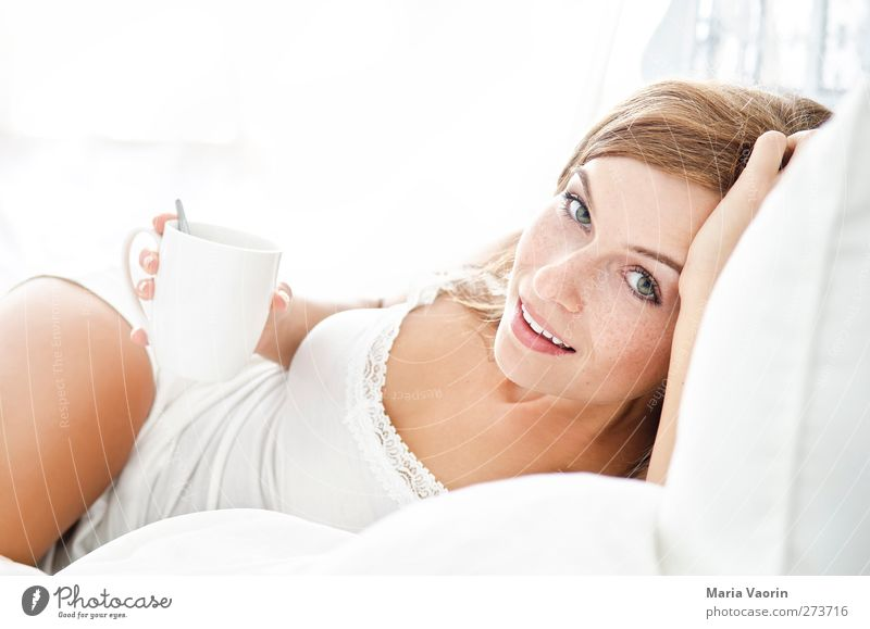 Human being Youth (Young adults) Beautiful Adults Relaxation Feminine Happy Young woman Contentment Lie Natural 18 - 30 years Living or residing Beverage Coffee
