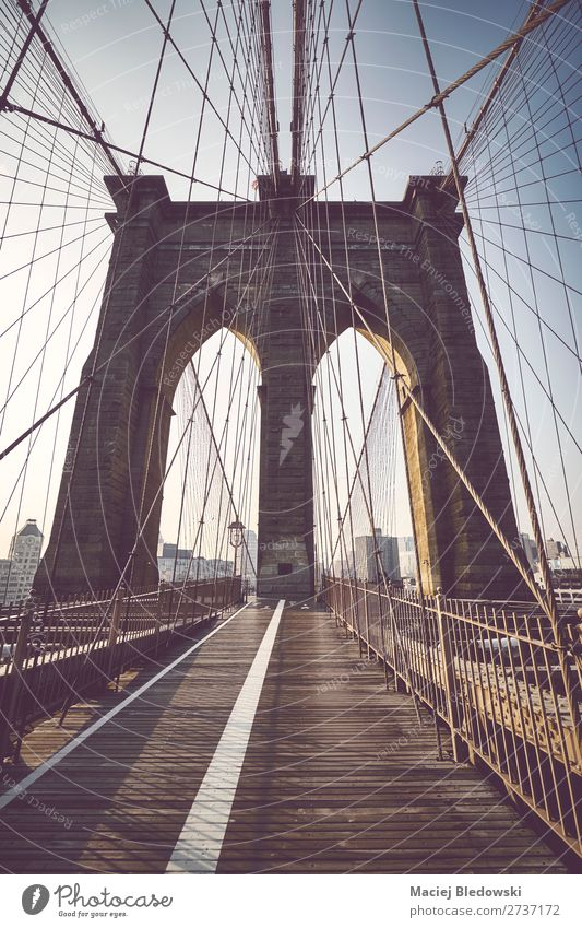 Brooklyn Bridge at sunrise, NYC. Vacation & Travel Tourism Trip Sightseeing City trip Sun Town Building Architecture Tourist Attraction Landmark Old Faded Retro