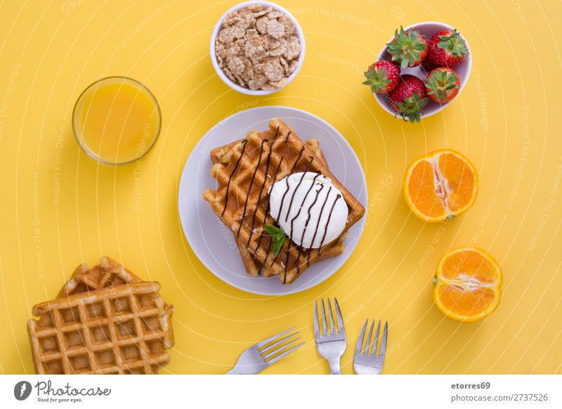 Breakfast belgian with waffles with ice and fruit Waffle Dessert Ice cream Belgian Belgium White Yellow Candy Food Healthy Eating Food photograph