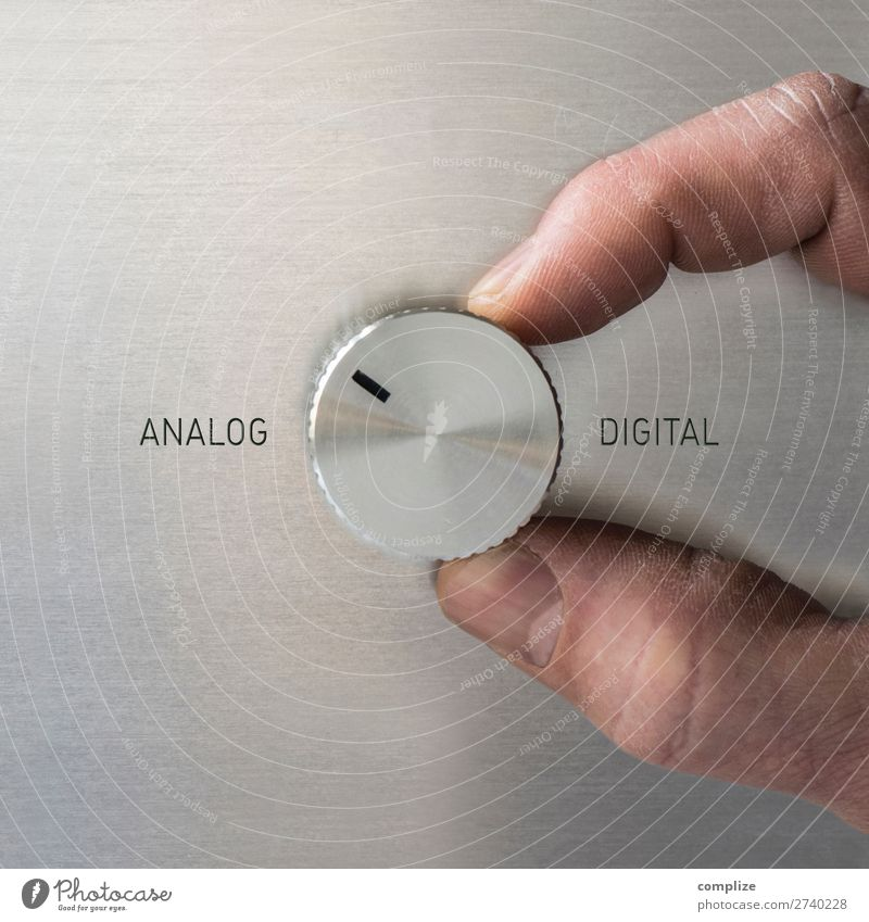 ANALOG or DIGITAL? Lifestyle Living or residing Flat (apartment) Academic studies Profession Workplace Office Economy Industry Trade Logistics Media industry