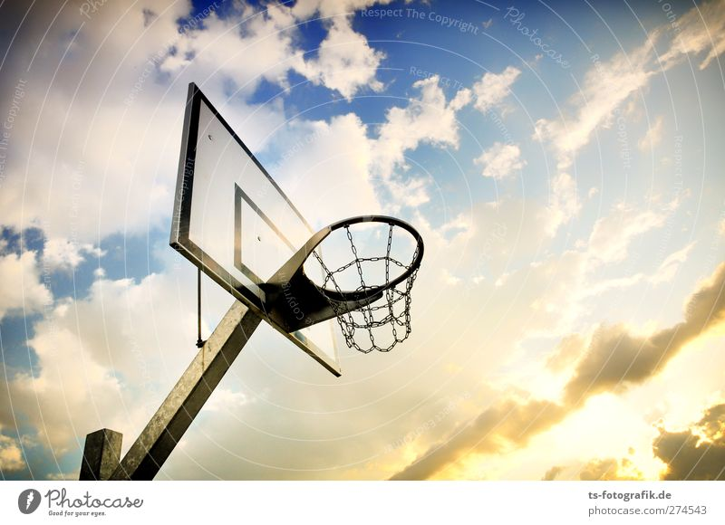 Off to the basket! Lifestyle Playing Sports Ball sports Basketball Basketball basket Basketball arena streetball street Basketball Sporting Complex Nature Air