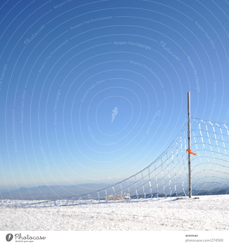 Network Landscape Earth Sky Cloudless sky Horizon Winter Beautiful weather Ice Frost Snow Cold Calm Fence Fence post Destruction Cyprus Colour photo
