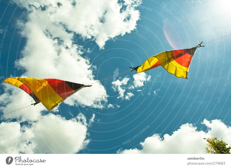 Sky Summer Clouds Environment Bright Germany Weather Wind Climate Flag Sign Gale Climate change Judder Nationalities and ethnicity Ensign