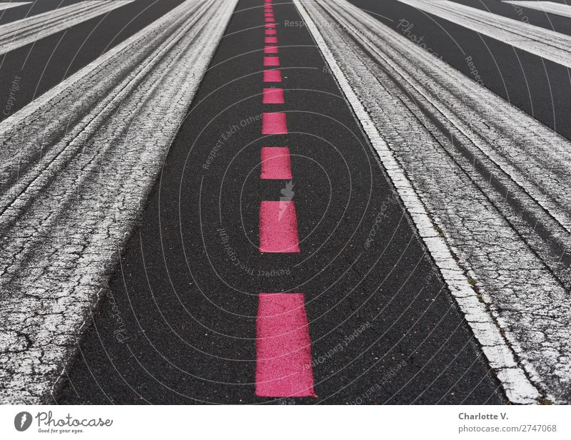 central perspective Traffic infrastructure Aviation Runway Signs and labeling Line Stripe Dark Simple Long Red Black White Esthetic Accuracy red line Linearity
