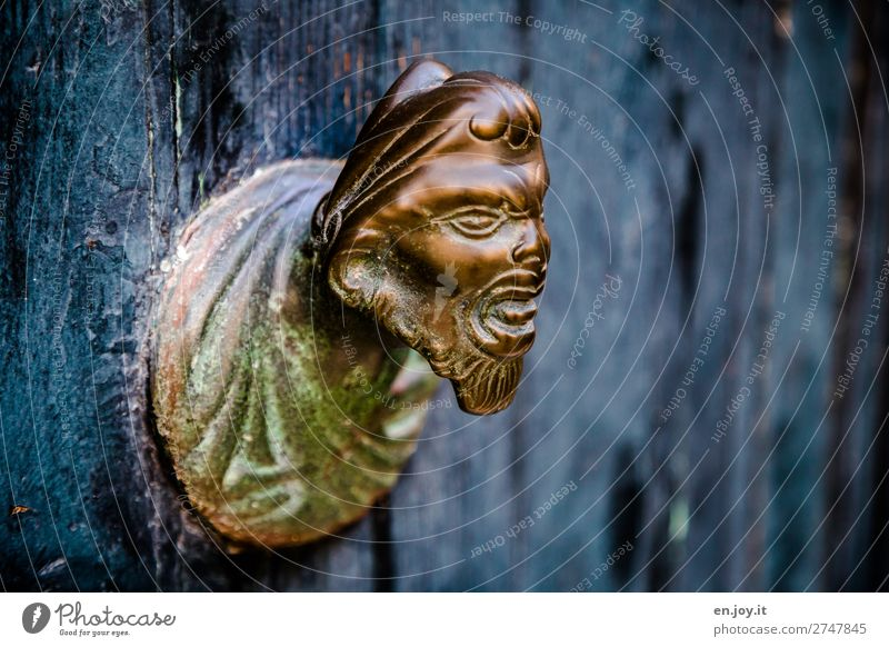 quenching Art Work of art Sculpture Wood Metal Gold Aggression Old Exceptional Threat Creepy Hideous Blue Bizarre Whimsical Doorknob Knob Head Evil Patina Face
