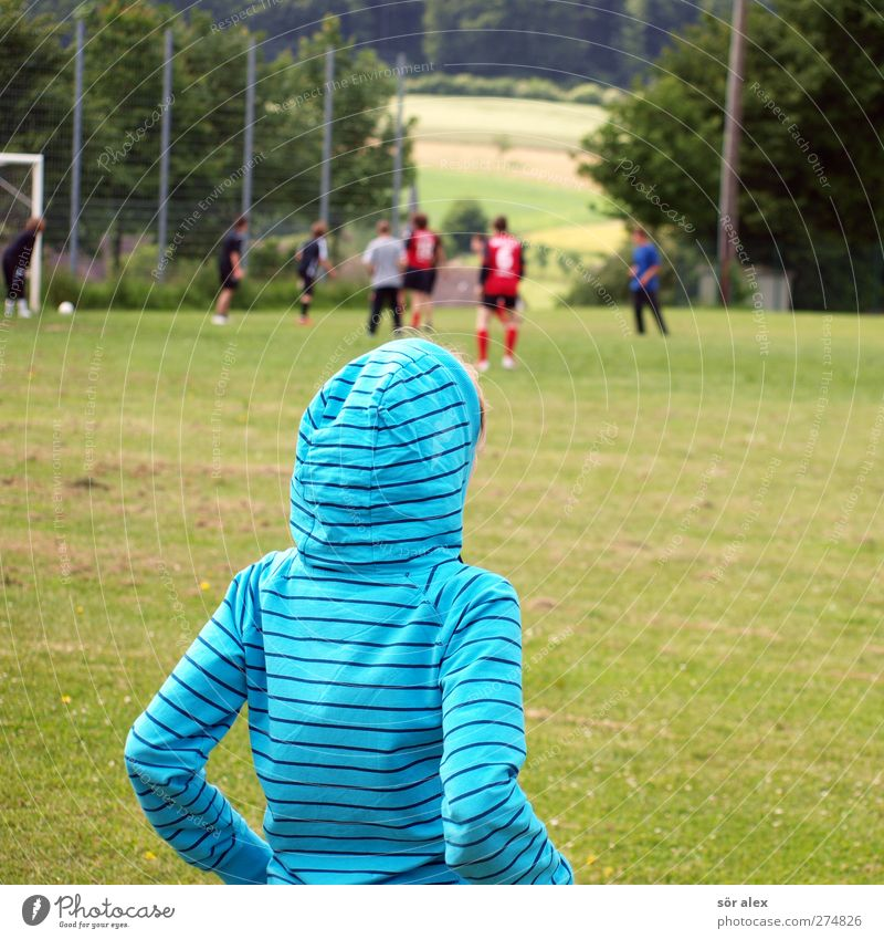 Human being Child Youth (Young adults) Loneliness Young woman Life Feminine Grass Boy (child) Sports Playing Group Head Body Arm 13 - 18 years