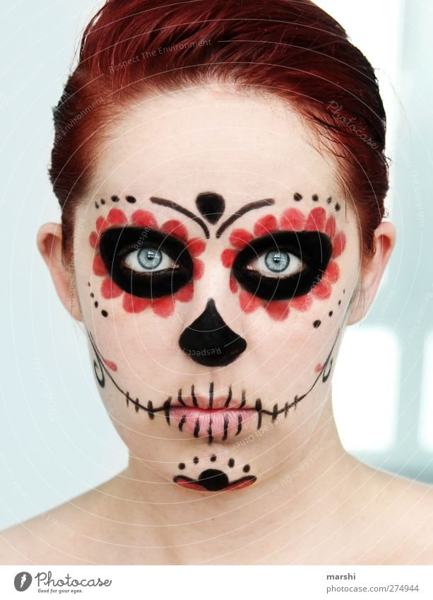 mexican skull Human being Feminine Young woman Youth (Young adults) Woman Adults Skin Head 1 Sculpture Culture Red-haired Black Emotions Moody Joy Sadness Grief