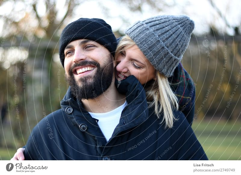 LAUGH - IN LOVE - CAPS already Valentine's Day Woman Adults Man 2 Human being 18 - 30 years Youth (Young adults) 30 - 45 years Fashion cap Blonde Facial hair