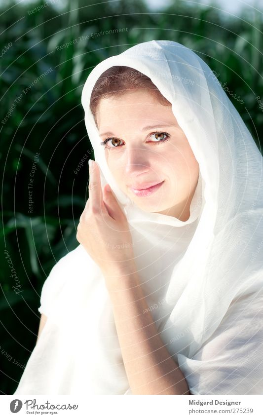 innocence Human being Feminine Young woman Youth (Young adults) Adults 1 18 - 30 years Cloth Headscarf Bright Beautiful White Virtuous Honor Honest Judicious