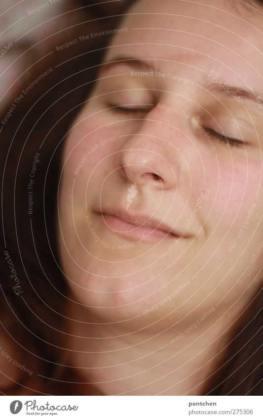 Sleeping woman with brown hair. Relaxation Young woman Youth (Young adults) Woman Adults Head Hair and hairstyles Face 1 Human being 18 - 30 years Lie brunette