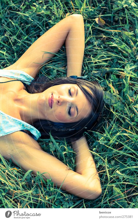 relax ! its summer Woman Human being Meadow Lie Grass Contentment Relaxation Eyes Closed Sleep Summer Bird's-eye view Loneliness 1 Person Young woman Face