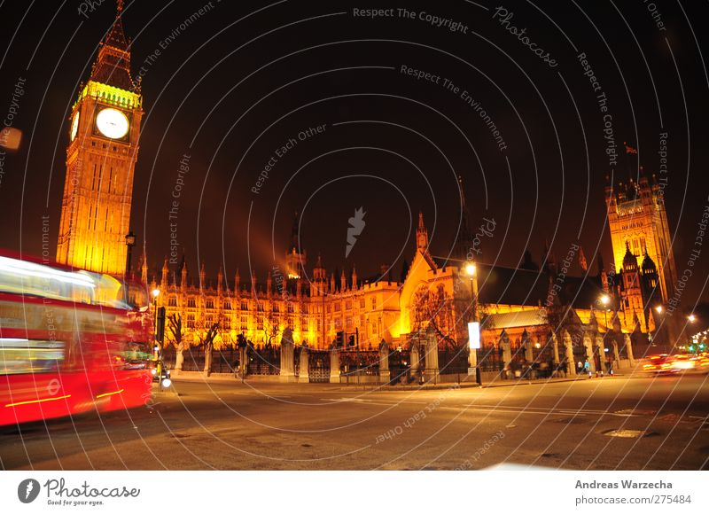 Big Ben Work of art Culture Capital city Places Tower Manmade structures Architecture Tourist Attraction Bus travel Street Crossroads Clock Old Large Tall