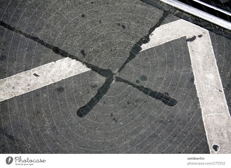 X 2 Transport Street Crossroads Lanes & trails Road junction Good Beautiful Asphalt Repair Repaired Signs and labeling Line Corner Orientation Colour photo