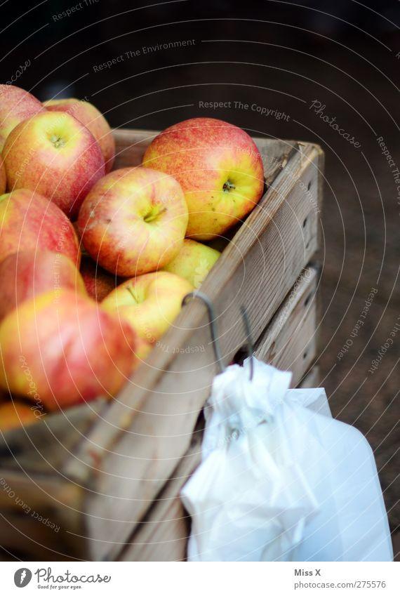 Nutrition Food Healthy Fruit Fresh Sweet Apple Delicious Organic produce Vegetarian diet Wooden box Farmer's market Apple harvest Fruit seller Box of fruit