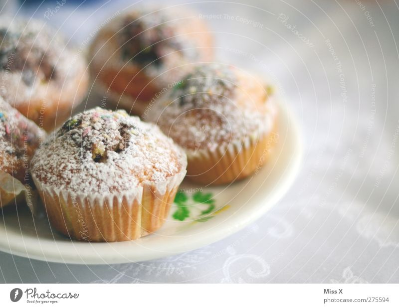 old acquaintance Food Dough Baked goods Cake Dessert Nutrition Breakfast To have a coffee Plate Small Delicious Sweet Muffin Colour photo Interior shot Close-up