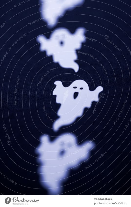 halloween flying ghosts Decoration Hallowe'en Line Ghosts & Spectres  Ghostly Spooky Flying Creepy White trio three haunted haunting party favor Black