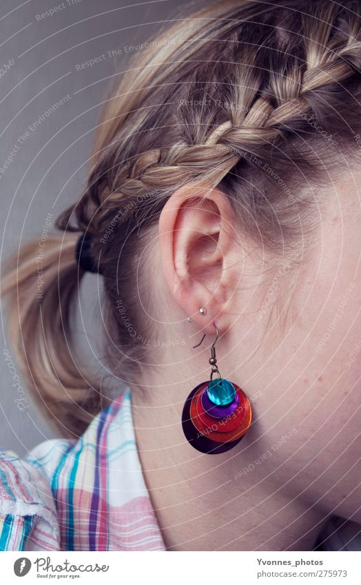 hair Human being Feminine Young woman Youth (Young adults) Head Hair and hairstyles Ear 1 Accessory Jewellery Earring Blonde Braids Violet Red Plaited Bond