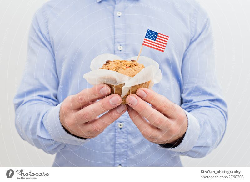 Miniature flag of America USA with sweet cupcake Happy Feasts & Celebrations Birthday Man Adults Hand Culture Cloth Flag White Independence Attachment Cupcake