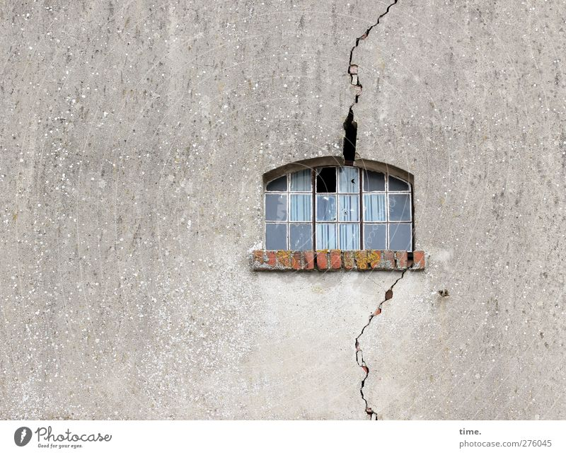 Hiddensee | Island quake House (Residential Structure) Manmade structures Building Wall (barrier) Wall (building) Facade Window Crack & Rip & Tear Old Threat