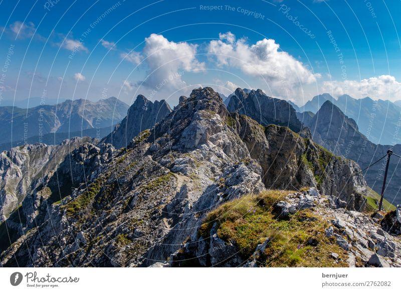 Klettersteig Mittenwald Lanes & trails Walking Track Wandern Gipfel Karwendelspitze Ansicht Alpen Germany Angebot Österreich Bayern Sonne Natur Frühling Europe