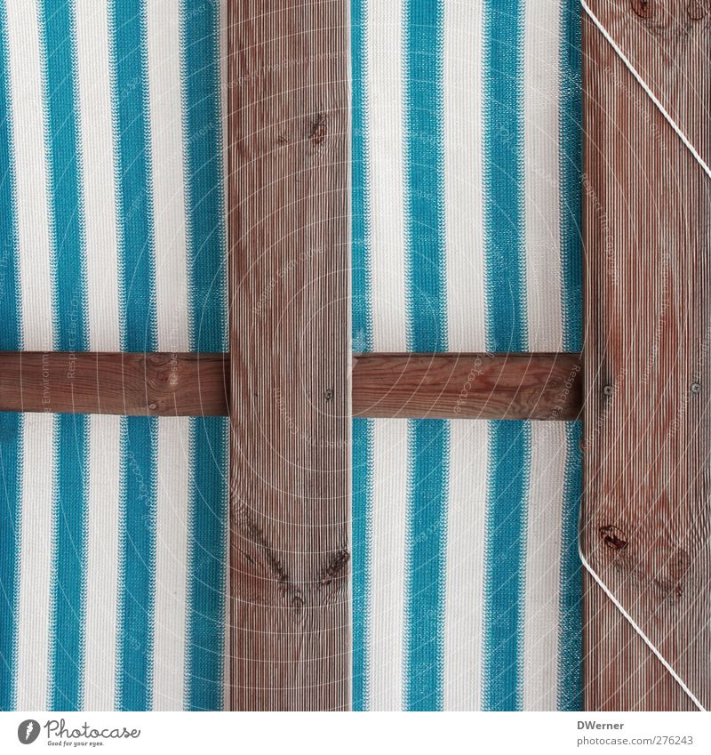 beach club Design Leisure and hobbies Decoration Beach bar Wall (barrier) Wall (building) Terrace Wood Line Stripe String Thin Retro Trashy Blue White