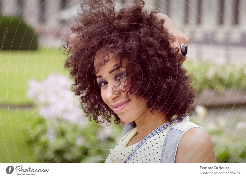 Curly. Lifestyle Elegant Style Beautiful Contentment Summer Feminine Young woman Youth (Young adults) Woman Adults Hair and hairstyles 1 Human being