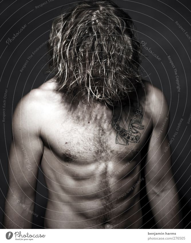 head down Masculine Young man Youth (Young adults) 1 Human being 18 - 30 years Adults Brunette Long-haired Curl Stand Tattoo Hairy chest Stomach muscles
