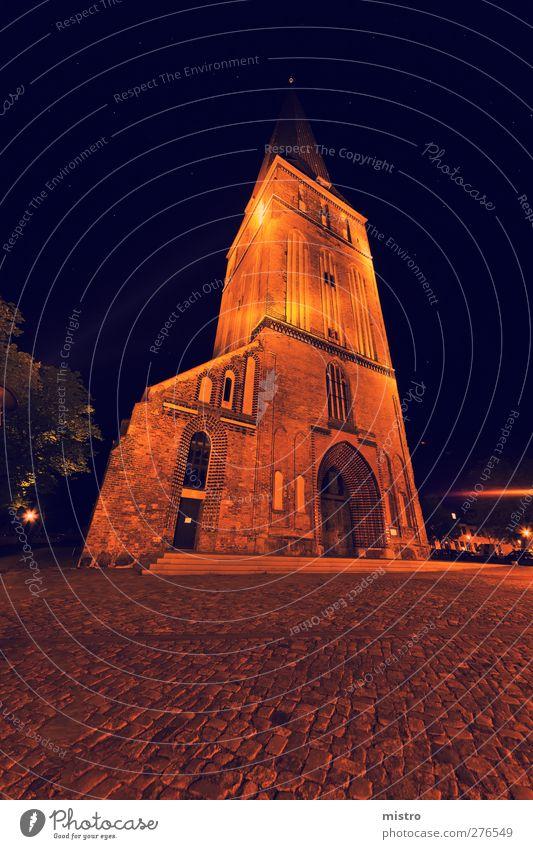 The Petrikirche Rostock Downtown Overpopulated Church Dome Tower Tourist Attraction Stone Dark Yellow Orange Night super wide angle Long exposure stars