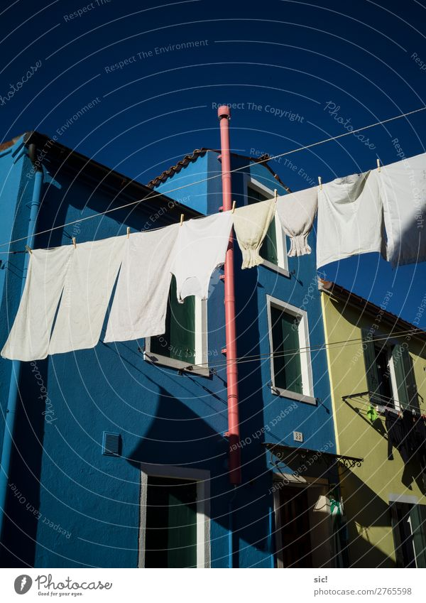 washing day Vacation & Travel Tourism Trip City trip House (Residential Structure) Rope Cloudless sky Burano Italy Europe Village Architecture Wall (barrier)