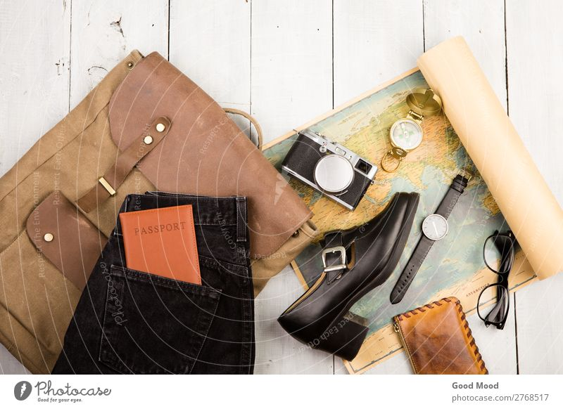 camera, glasses, backpack, shoe, map, passport, compass Lifestyle Leisure and hobbies Vacation & Travel Tourism Trip Expedition Camera Earth Street Jeans