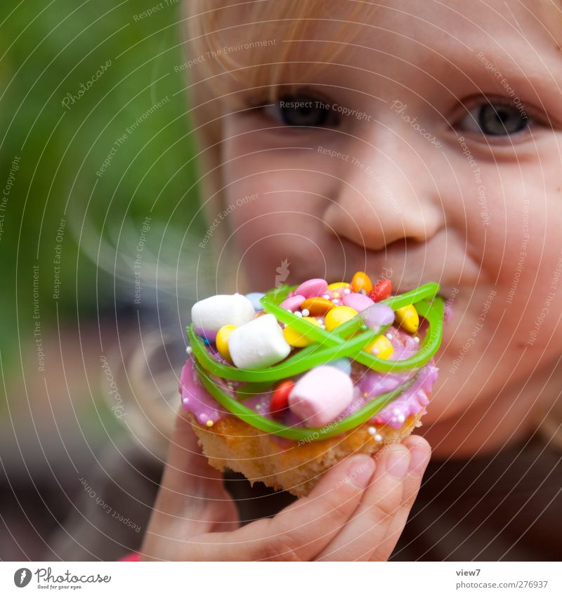 Human being Child Girl Face Feminine Laughter Happy Head Eating Moody Contentment Infancy Food Authentic Nutrition Sweet