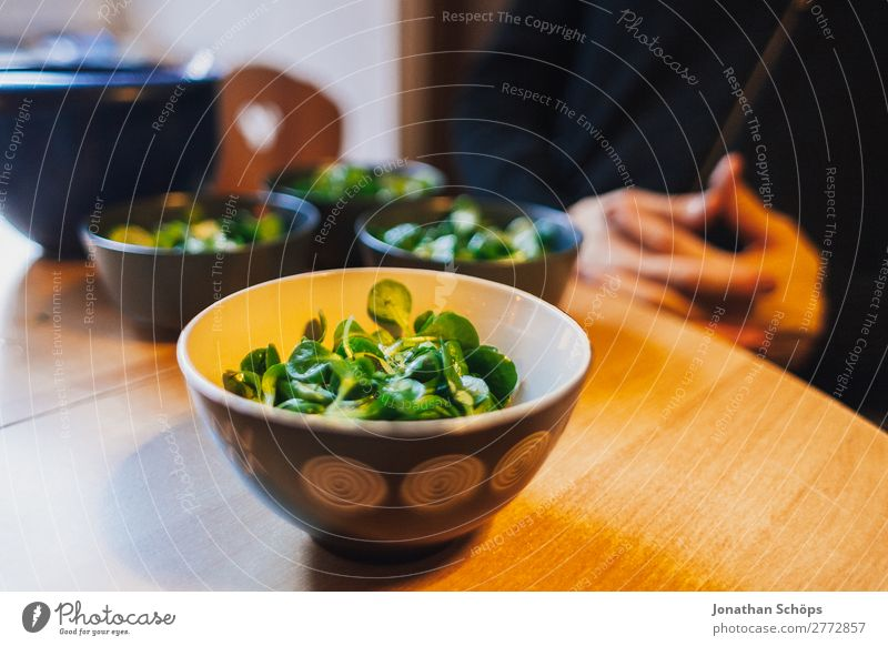 Lamb's lettuce in a bowl on the table Food Nutrition Contentment Joie de vivre (Vitality) Healthy Eating Cooking Kitchen Table Living or residing Appetite