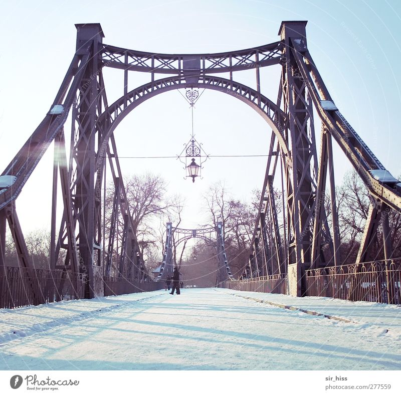 Ice cold overlooked Bridge Tunnel Pedestrian Street Metal Steel Esthetic Blue Violet White Longing Homesickness Expectation Sadness Divide Reflection