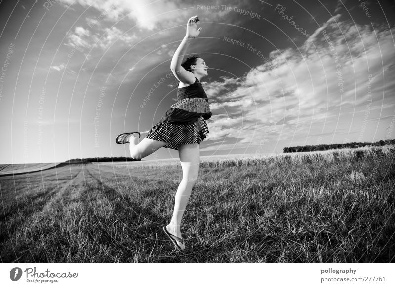 FLY ME TO THE MOON Human being Feminine Young woman Youth (Young adults) Woman Adults Life 1 18 - 30 years Nature Landscape Plant Earth Sky Clouds Horizon