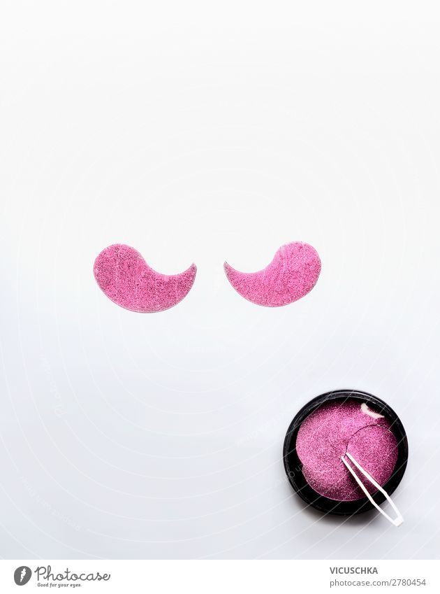 Rosa Eye Patches for Eye Care Style Design Beautiful Face Cosmetics Healthy Medical treatment Fashion Pink Background picture Packing material eye patches