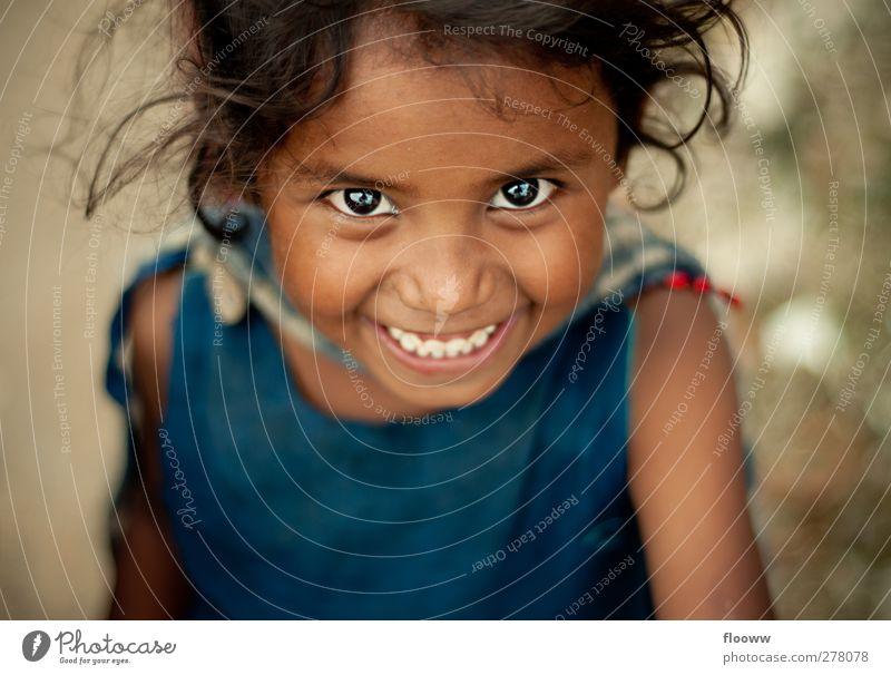 A Smile says it all Trip Adventure Far-off places Schoolchild Human being Feminine Girl Infancy Head Eyes 1 3 - 8 years Child Black-haired Blue Brown Red