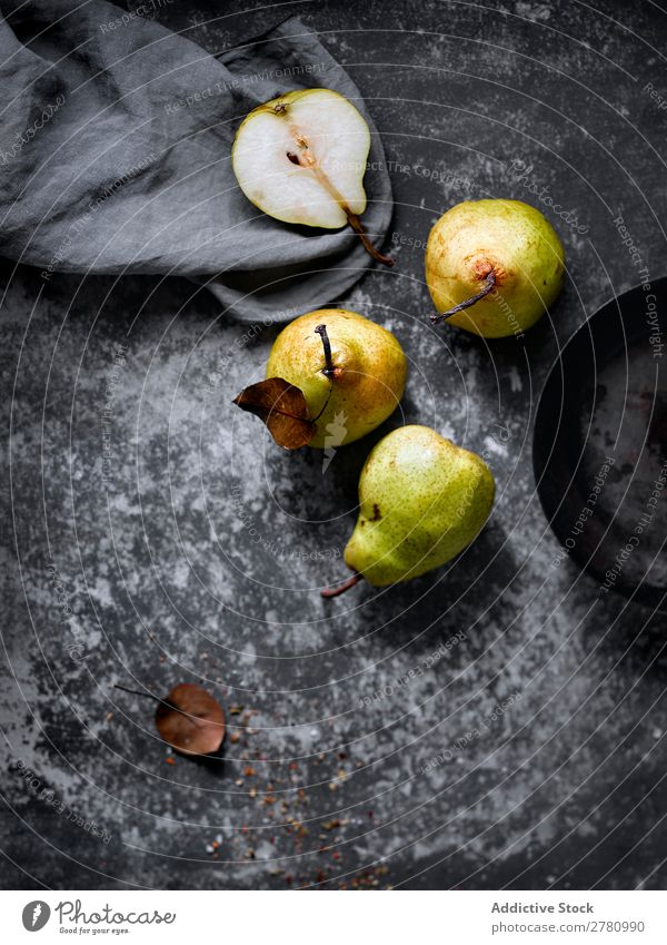 Fresh and sweet pears on table Pear Rustic Fruit Organic Food Healthy Juicy Shabby Vegetarian diet Sweet Nutrition Seasons Refreshment Green Harvest Tasty