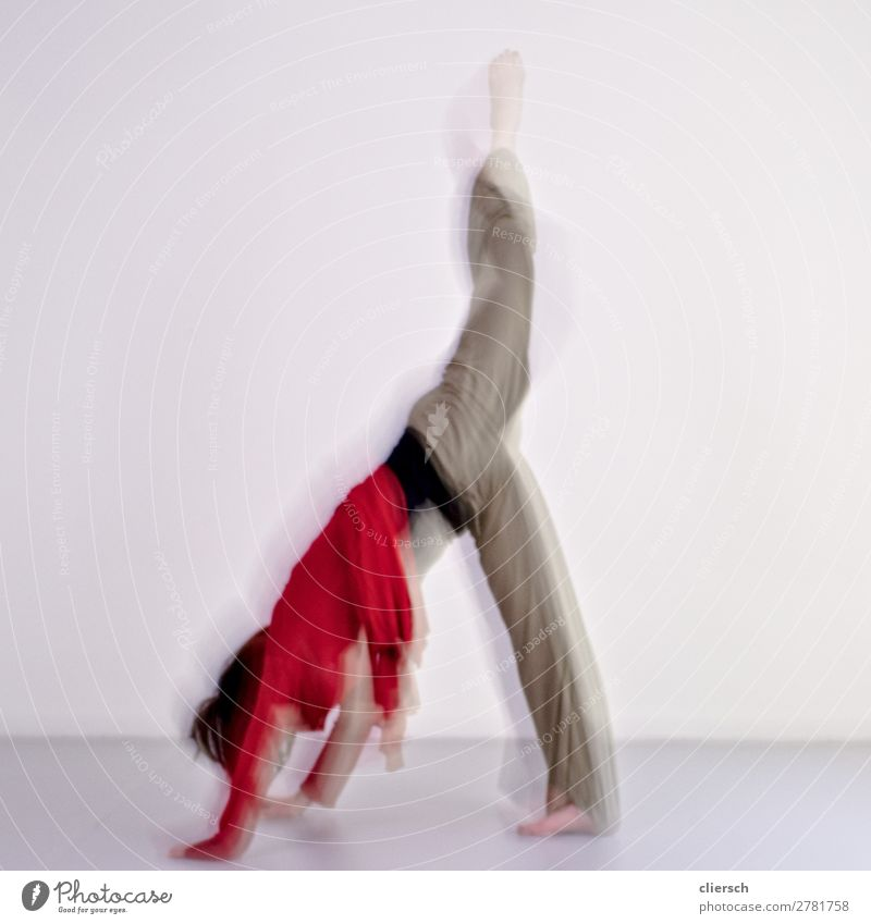Human being Youth (Young adults) Relaxation Joy Healthy 18 - 30 years Adults Life Feminine Movement Leisure and hobbies Body Elegant To enjoy Dance Fitness
