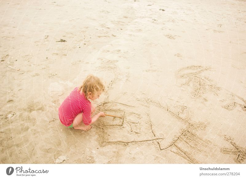 House by the sea Parenting Kindergarten Human being Child Girl Infancy Life Body 1 3 - 8 years Sand Summer Beach House (Residential Structure) Relaxation Crouch