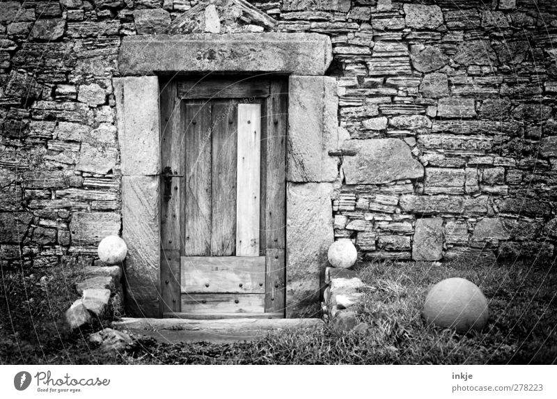 Old Dark Wall (building) Wall (barrier) Door Facade Closed Decoration Gloomy Hut Sphere Ruin Vignetting Stony Stone wall Wooden door