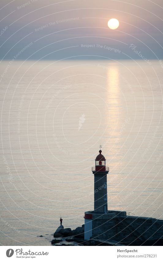 morning angler Fishing (Angle) Human being Masculine Man Adults 1 Esthetic Peaceful Calm Unwavering Contentment Relaxation meditative Lighthouse Angler Rock