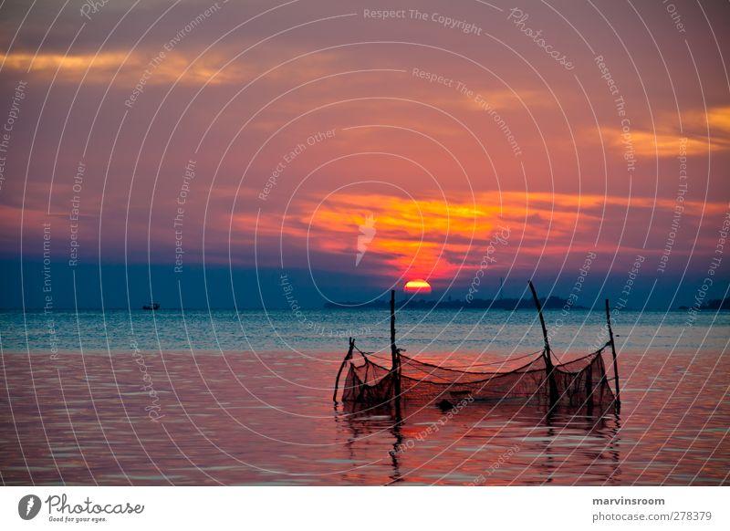 the net Beach Ocean Island Nature Water Sky Sun Sunrise Sunset Bay Orange Serene Peace Colour photo Twilight Wide angle
