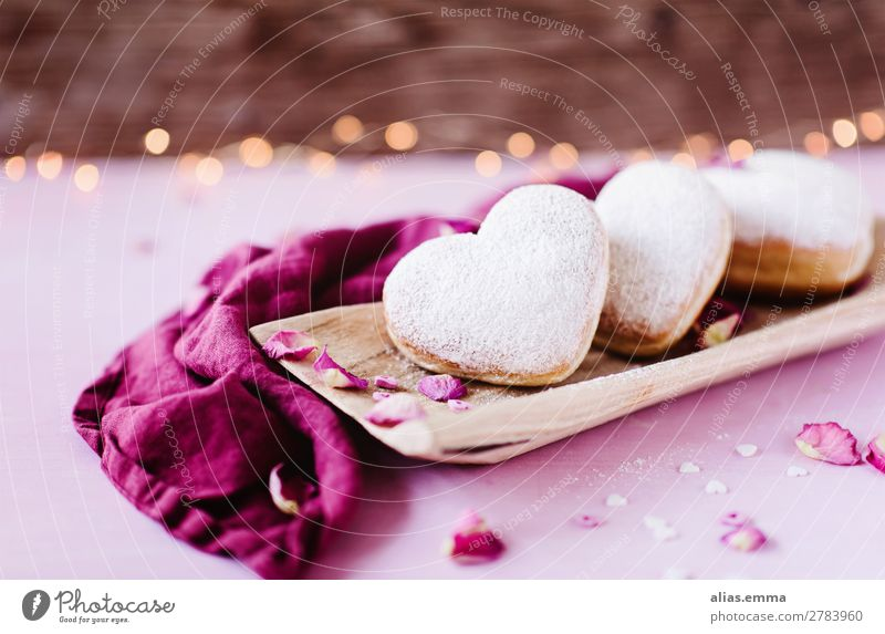Heart-shaped Berlin doughnuts Donut Romance Pink Baked goods Valentine's Day Mother's Day Birthday Card Love Thank you very much Symbols and metaphors Wood